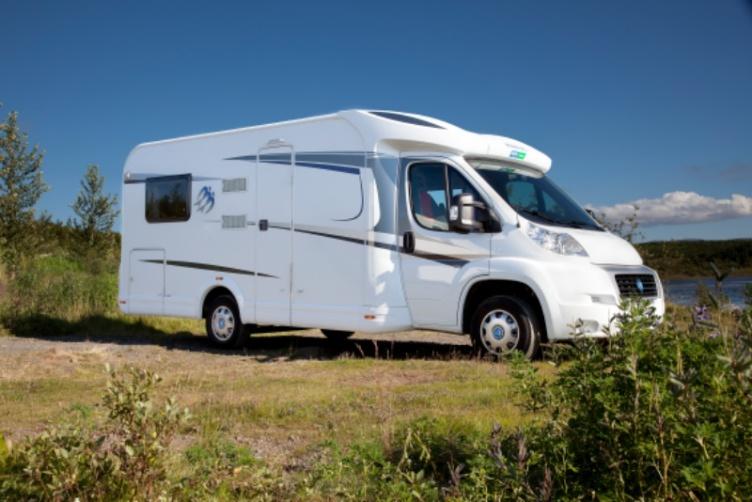 Auf Island-Rundreise im Caravan