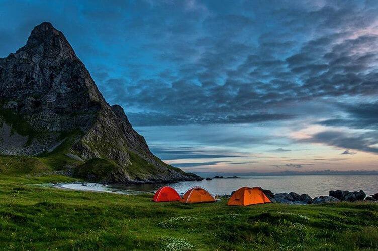 Geführte Kajak- und Wandertour für Familien auf den Lofoten
