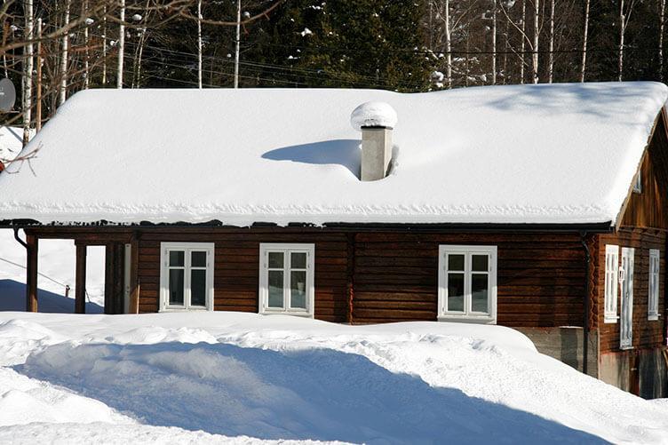 Silvester auf dem Bauernhof in den norwegischen Bergen