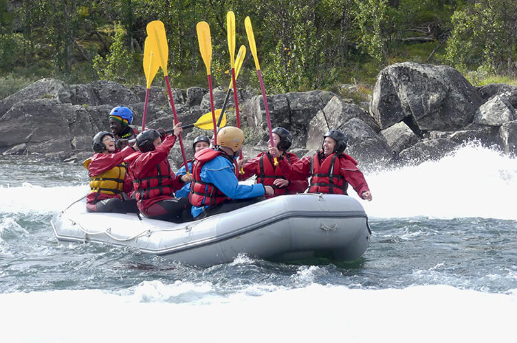 Sommer im Ferienhaus in Norwegen. Familienurlaub zwischen Bergen, Gletschern & Fjorden.
